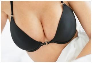 自體脂肪隆乳硬塊率最低