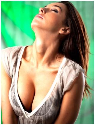 台女最愛D奶,女明星的胸部有幾個是真的?