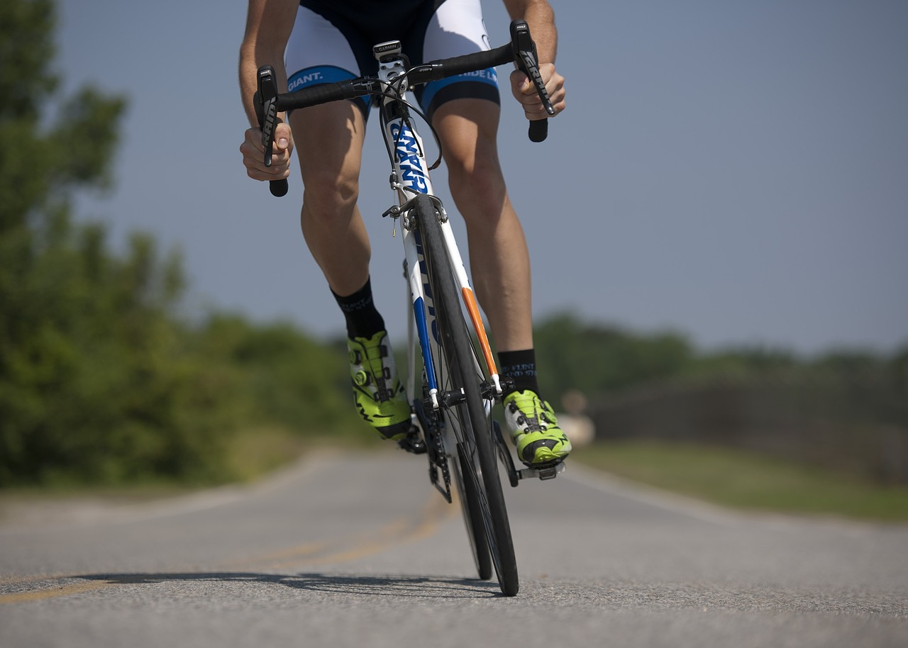控制飲食和固定運動來維持好身材