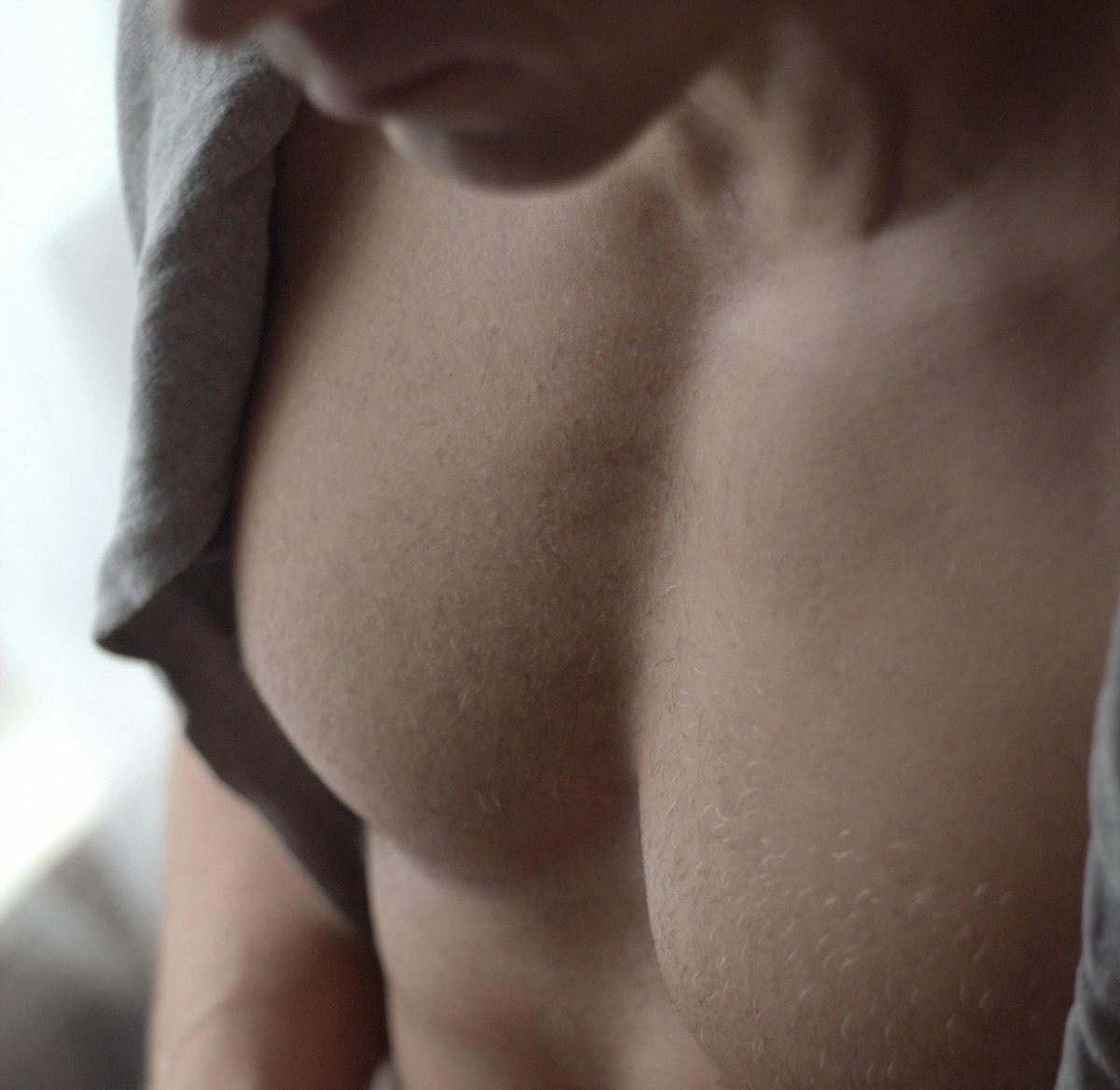 男性要胸肌不要男性女乳