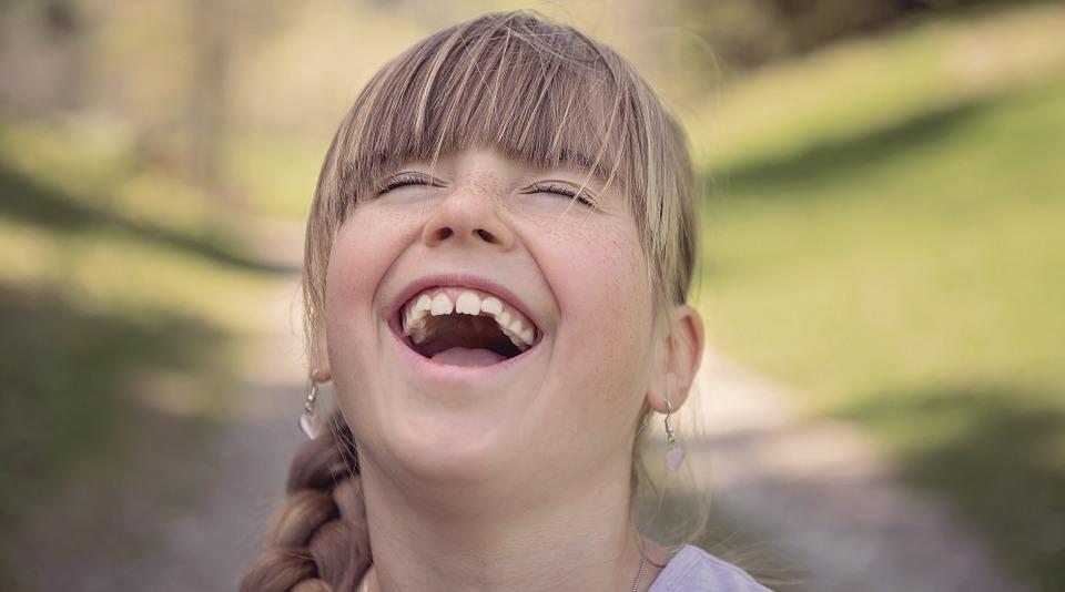 笑有益健康