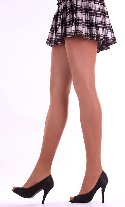 抽脂瘦腿怕凹凸嗎? 選對醫師比穿塑身衣重要
