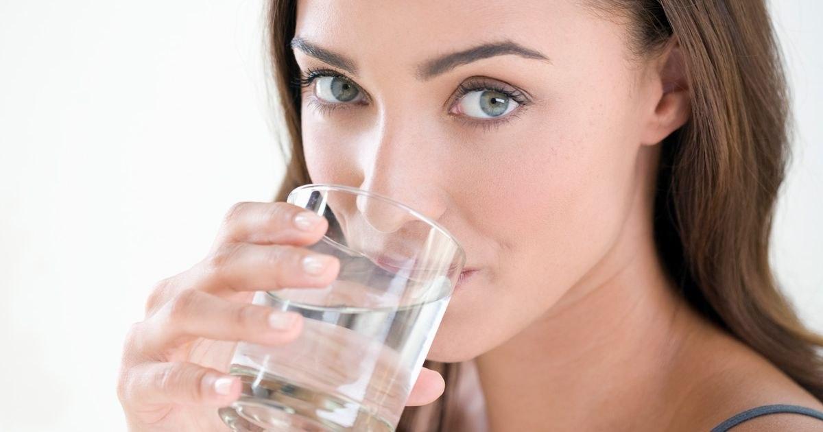 一天喝多少水才足夠?維持平衡是重點