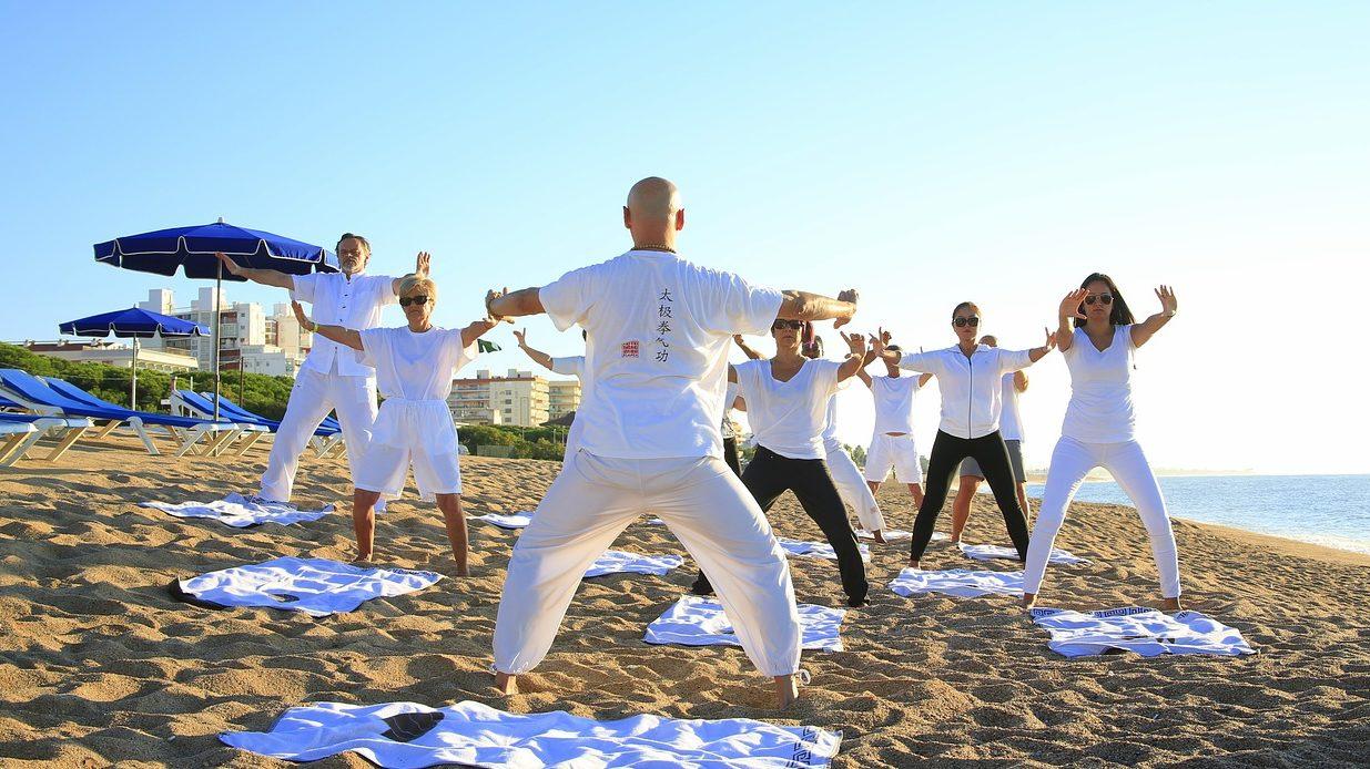 中老年適合的運動很多, 最重要的是要動